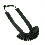 Collier Ticuna Noir