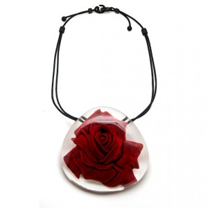Collier Wow